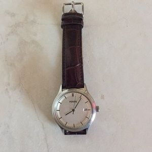 Leather band fossil watch